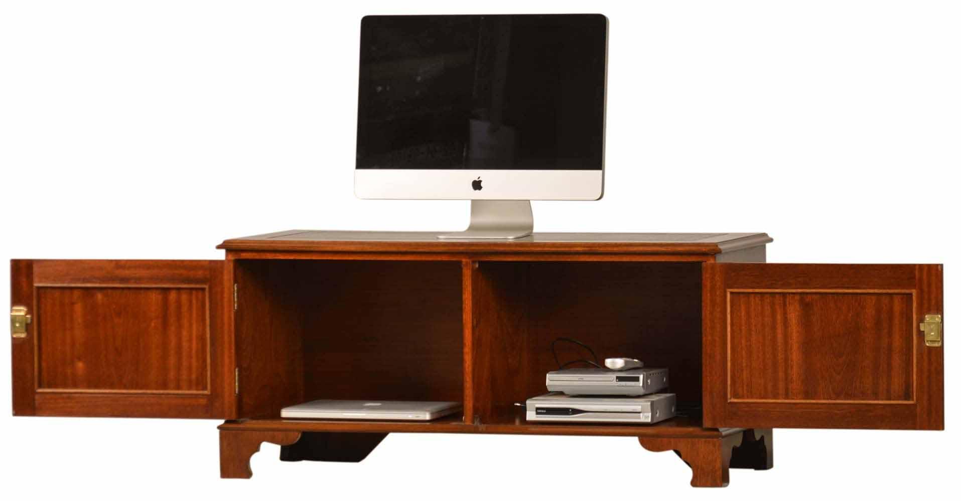 lowboard mahagoni englische m bel von kai. Black Bedroom Furniture Sets. Home Design Ideas